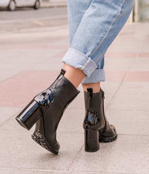 High heel ankle boots casual leather with patent leather