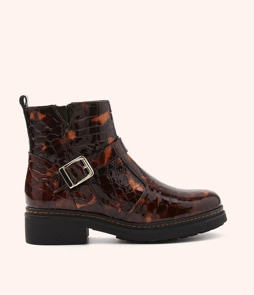 Patent leather ankle boot with bracelet and ankle buckle