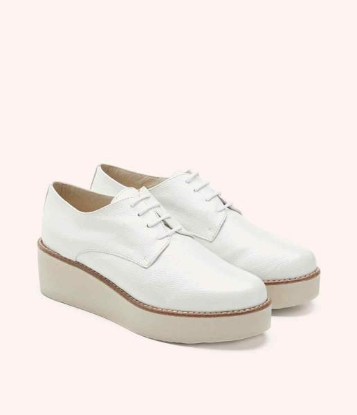 Zapato plataforma estilo blucher con cordones  - Bianca