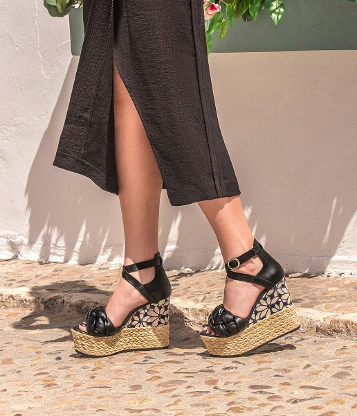 Padded wedge with heel detail - Bonnie