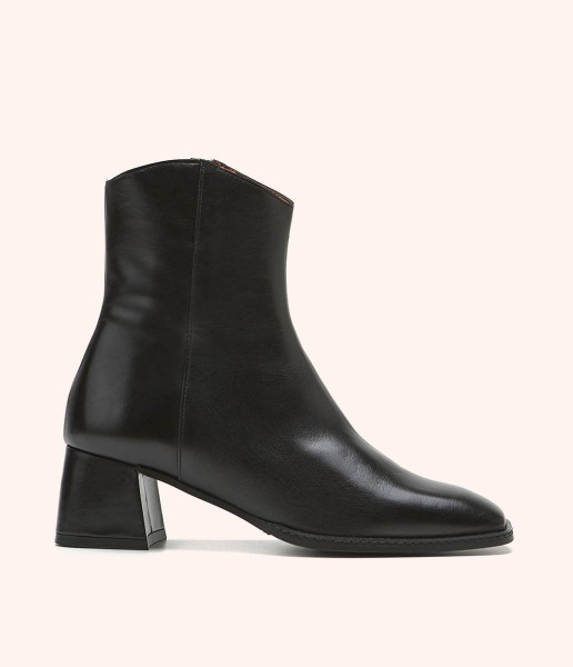Heeled ankle boot with zip fastening - Martha