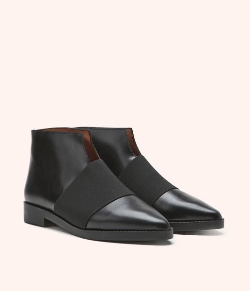 Flat ankle boot with elastic band and opening - Ella